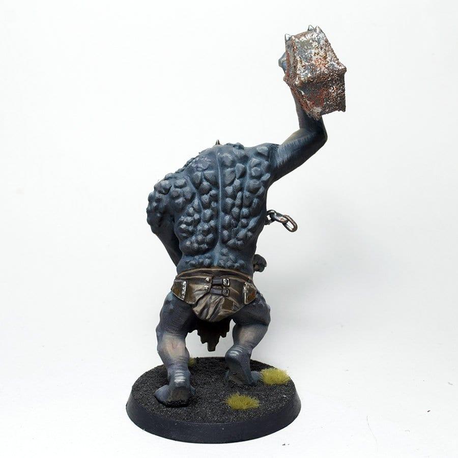 troll de las cavernas espalda