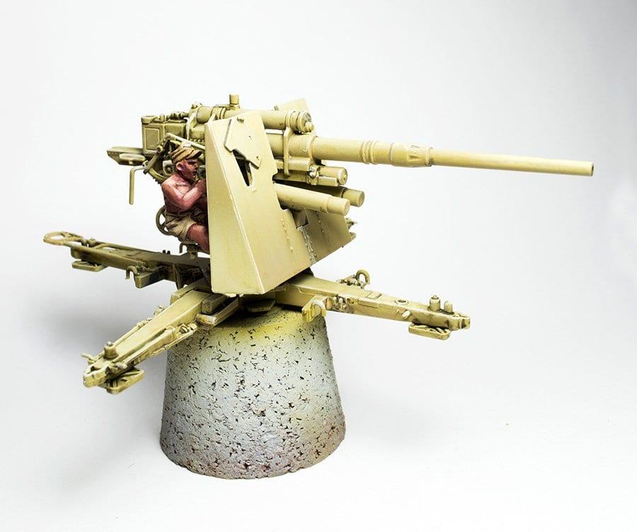 Flak 36 con artillero de la luftwaffe